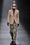 March 21, 2013, Tokyo, Japan - 1 piu 1 uguale 3 - Autumn/Winter 2013-14 - Tokyo Collection - Runway. (Photo by Kjeld Duits/AFLO)