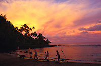 Kee beach at sunset, at the begining of Na Pali kayak adventure