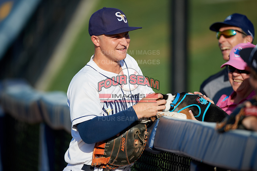 Charlotte Stone Crabs first baseman Robbie Tenerowicz (1) before a game against the Palm Beach Cardinals on April 20, 2018 at Charlotte Sports Park in Port Charlotte, Florida.  Charlotte defeated Palm Beach 4-3.  (Mike Janes/Four Seam Images)