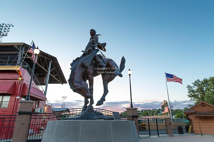 Let Er Buck statue outside the Pendleton Round Up Grounds, Pendleton, Oregon
