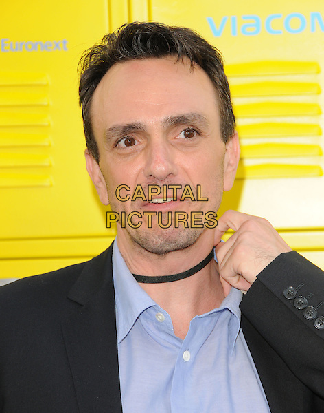 "HANK AZARIA.""Get Schooled"" Los Angeles Conference & Premiere held at Paramount Studios in Hollywood, California, USA. .September 8th, 2009                                                                                      headshot portrait black blue hand choker necklace funny face .CAP/DVS.©Debbie VanStory/Capital Pictures."