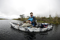 kayak fish bass
