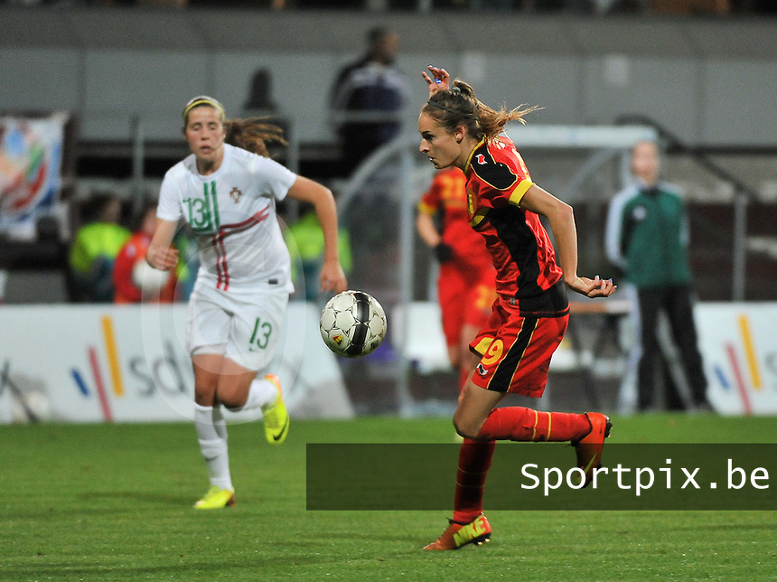 20131031 - ANTWERPEN , BELGIUM : Belgian Tessa Wullaert  pictured during the female soccer match between Belgium and Portugal , on the fourth matchday in group 5 of the UEFA qualifying round to the FIFA Women World Cup in Canada 2015 at Het Kiel stadium , Antwerp . Thursday 31st October 2013. PHOTO DAVID CATRY
