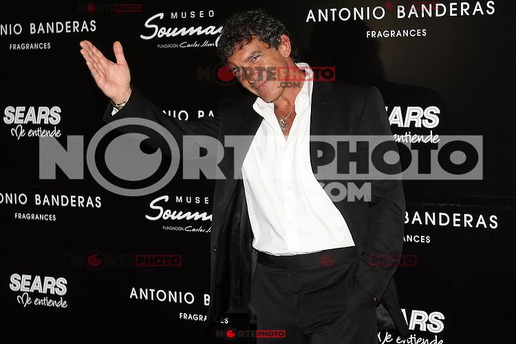 México, D.F.- 06jun2012 - Museo Soumaya.Antonio Banderas, visita México, para asistir a la final del concurso de cortometrajes Make it short..Photo: Alexa Sendel/DAMMPHOTO.COM/.