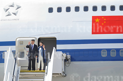 July 06-17,HH Airport, Hamburg,Germany<br /> G20 world leaders arrival at Hamburg Airport.<br /> Chinese leader Xi Jinping und chinese First Lady Peng Liyuan arrive and wave.
