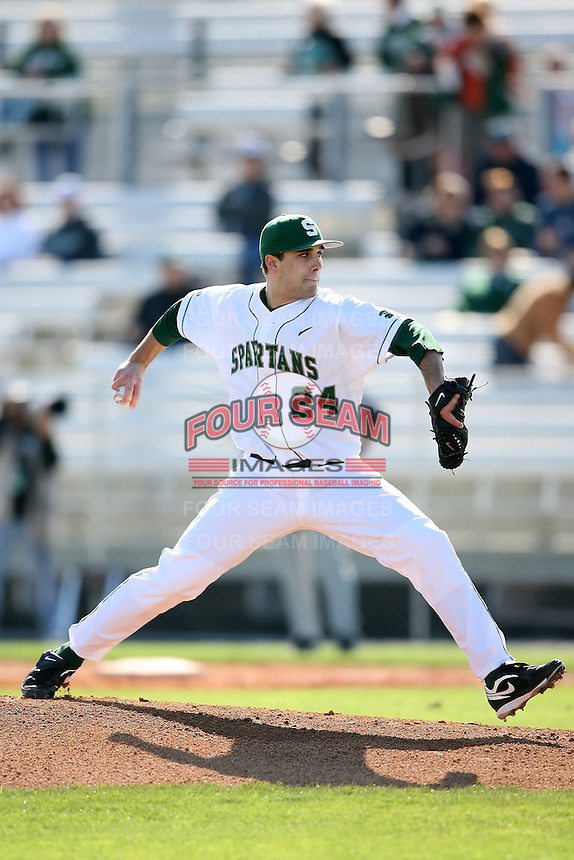 February 20, 2009:  Pitcher Nolan Moody (24) of Michigan State University during the Big East-Big Ten Challenge at Jack Russell Stadium in Clearwater, FL.  Photo by:  Mike Janes/Four Seam Images