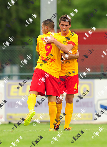 2014-07-19 / Voetbal / seizoen 2014-2015 / KFC Oosterzonen / Tim Jeunen (r.)<br /><br />Foto: mpics.be