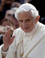 20121017 VATICANO: UDIENZA GENERALE  DI PAPA BENEDETTO XVI