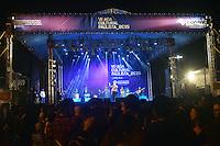 LIMEIRA, 23 DE MAIO DE 2015 - VIRADA-LIMEIRA - O cantor Marcelo D2 durante apresentação no palco externo do Parque Cidade de Limeira, durante a Virada Paulista Cultural 2015, na noite desse sábado, 23 (Foto:Eduardo Carmim/Brazil Photo Press)