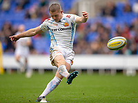 Exeter Chiefs' Gareth Steenson kicks at goal<br /> <br /> Photographer Bob Bradford/CameraSport<br /> <br /> Aviva Premiership Round 20 - London Irish v Exeter Chiefs - Sunday 15th April 2018 - Madejski Stadium - Reading<br /> <br /> World Copyright &copy; 2018 CameraSport. All rights reserved. 43 Linden Ave. Countesthorpe. Leicester. England. LE8 5PG - Tel: +44 (0) 116 277 4147 - admin@camerasport.com - www.camerasport.com