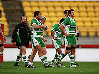 Dejected Manawatu players after the loss. Air NZ Cup - Wellington Lions v Manawatu Turbos at Westpac Stadium, Wellington, New Zealand. Saturday 3 October 2009. Photo: Dave Lintott / lintottphoto.co.nz