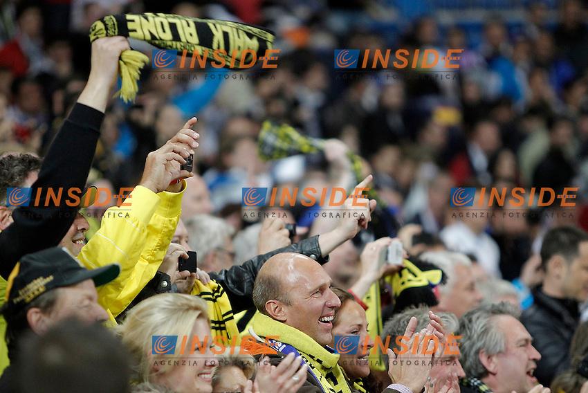 Borussia Dortmund's fans celebrates after UEFA Champions League match. April 30, 2013. (ALTERPHOTOS/Alvaro Hernandez) .Madrid 30/4/2013 Santiago Bernabeu .Football 2012/2013 Champions League Semifinale .Real Madrid Vs Borussia Dortmund .Foto Insidefoto.ITALY ONLY