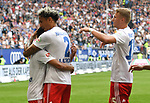 19.05.2019,  GER; 2. FBL, Hamburger SV vs MSV Duisburg ,DFL REGULATIONS PROHIBIT ANY USE OF PHOTOGRAPHS AS IMAGE SEQUENCES AND/OR QUASI-VIDEO, im Bild Leo Lacroix (Hamburg #02) schiesst das 1-0 fuer Hamburg vorbei an Torhueter Daniel Mesenhoeler (Mesenhöler Duisburg #27) und jubelt mit der Mannschaft  Foto © nordphoto / Witke *** Local Caption ***