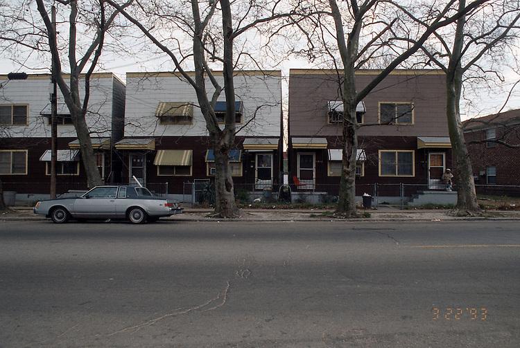 1993 March 22..Redevelopment.Huntersville 1&2 (R-70)..NORTH HUNTERSVILLE STUDY.SEQUENCE 3.1818-1810 CHURCH STREET.EAST SIDE...NEG#.NRHA#..