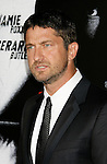 "HOLLYWOOD, CA. - October 06: Gerard Butler arrives at the Los Angeles premiere of ""Law Abiding Citizen"" at Grauman's Chinese Theatre on October 6, 2009 in Hollywood, California."