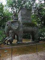 Bomarzo, Viterbo - Parco dei Mostri o Sacro Bosco, complesso monumentale realizzato nel 1547con grandi sculture di figure mitologiche del genere grotesque. L'elefante<br /> Bomarzo, Viterbo - Monster Park or Sacro Bosco, a monumental complex built in 1547 with large sculptures of mythological figures such grotesque. The elephant