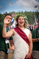 Italian Scout is wearing roman dress during cultural festival in winter town. Photo: André Jörg/ Scouterna