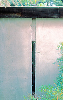 Rudolph Schindler: Schindler House, 1921. Detail--north side.