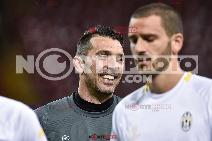 Gianluigi Buffon of Juventus during the training session ahead the UEFA Champions League Final between Real Madrid and Juventus at the National Stadium of Wales, Cardiff, Wales on 2 June 2017. Photo by Giuseppe Maffia.<br /> <br /> Giuseppe Maffia/UK Sports Pics Ltd/Alterphotos /NortePhoto.com