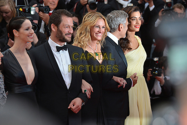 Caitriona Balfe, Dominic West, Julia Roberts, George Clooney and his wife Amal at the &acute;Money Monster` screening during The 69th Annual Cannes Film Festival on May 12, 2016 in Cannes, France.<br /> CAP/LAF<br /> &copy;Lafitte/Capital Pictures