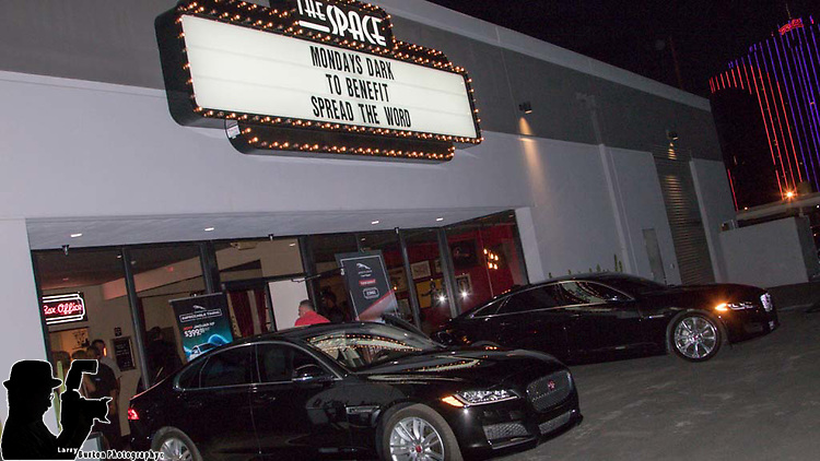 Mondays Dark raises $10,000 to benefit Spread the Word