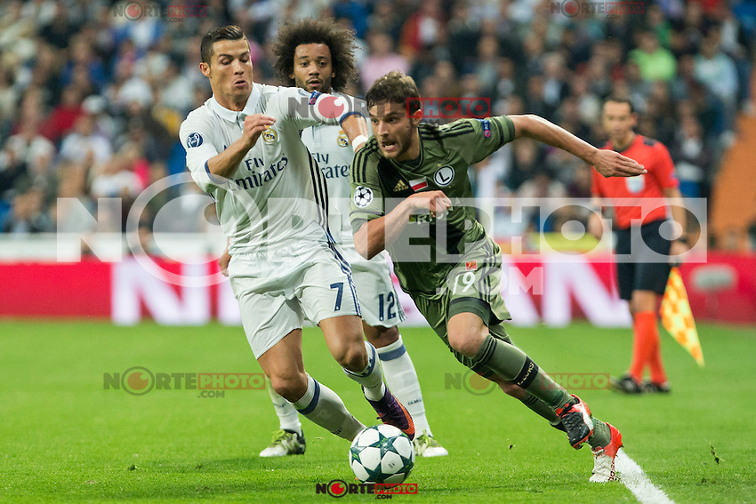 Real Madrid's Cristiano Ronaldo and Legia Warszawa's le19- during the match of UEFA Champions League group stage between Real Madrid and Legia de Varsovia at Santiago Bernabeu Stadium in Madrid, Spain. October 18, 2016. (ALTERPHOTOS/Rodrigo Jimenez) /NORTEPHOTO.COM
