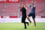 Jubel v.l. Trainer Achim Beierlorzer, Co-Trainer Niko Bungert (Mainz)<br /><br />Sport: Fussball: 1. Bundesliga:: nphgm001:  Saison 19/20: 33. Spieltag: 1. FSV Mainz 05 vs SV Werder Bremen 20.06.2020<br />Foto: Wagner/Witters/Pool//via gumzmedia/nordphoto<br /><br /><br /> DFL REGULATIONS PROHIBIT ANY USE OF PHOTOGRAPHS AS IMAGE SEQUENCES AND OR QUASI VIDEO<br />EDITORIAL USE ONLY<br />NATIONAL AND INTERNATIONAL NEWS AGENCIES OUT