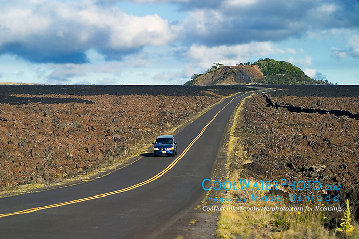 Saddle Road and Pu`u Huluhulu, an old cinder cone created by Mauna Kea long time ago, Mauna Kea, Big Island, Hawaii