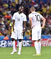 FUSSBALL WM 2014  VORRUNDE    GRUPPE E     Ecuador - Frankreich                  25.06.2014 Paul Pogba (li) und Karim Benzema (re, beide Frankreich)