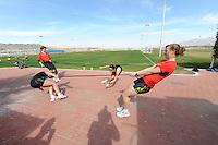 SCHAATSEN: EILAT (ISR): Trainingskamp Team Op=Op Voordeelshop, 17-01-2012, trainer/coach Renate Groenewold, Lisette van der Geest, Annouk van der Weijden, Marije Joling, ©foto Martin de Jong