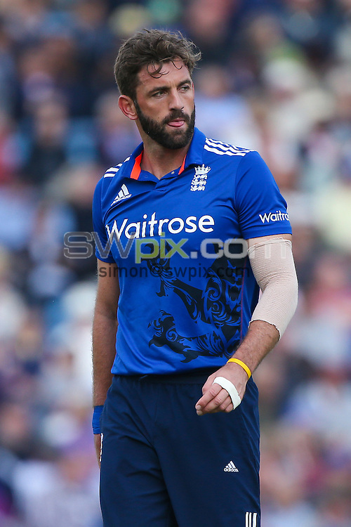 Picture by Alex Whitehead/SWpix.com - 11/09/2015 - Cricket - Royal London One-Day Series - England v Australia, 4th ODI - Headingley Cricket Ground, Leeds, England - England's Liam Plunkett.