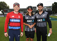 Kane Williamson and Eoin Morgan with the ANZ coin toss winner. New Zealand Black Caps v England.Tri-Series International Twenty20 cricket. Eden Park, Auckland, New Zealand. Sunday 18 February 2018. © Copyright Photo: Andrew Cornaga / www.Photosport.nz