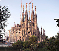 Nativity façade, La Sagrada Familia, Roman Catholic basilica, Barcelona, Catalonia, Spain, built by Antoni Gaudí (Reus 1852 ? Barcelona 1926) from 1883 to his death. Still incomplete. Picture by Manuel Cohen