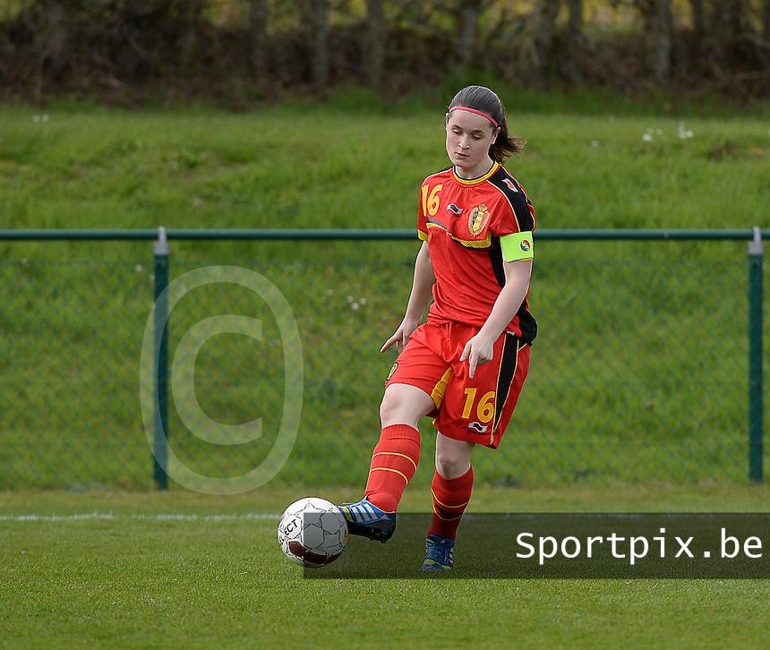 Women U15 : Belgian Red Flames - Nederland :<br /> <br /> Demi Maris<br /> <br /> foto Dirk Vuylsteke / Nikonpro.be