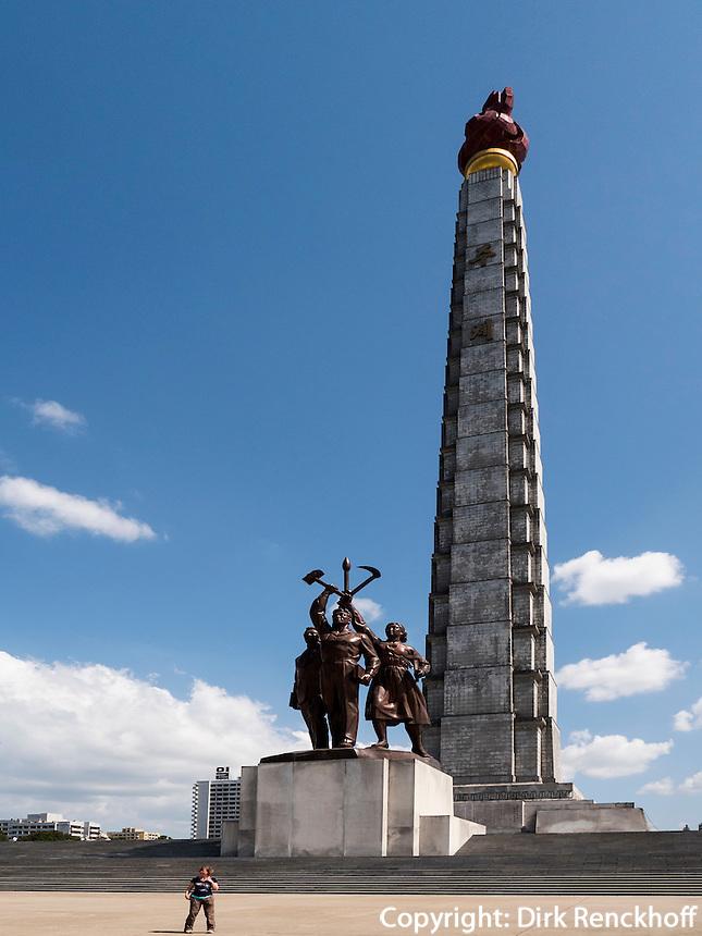 Juche-Turm in Pyongyang, Nordkorea, Asien<br /> Juche tower, Pyongyang, North Korea, Asia