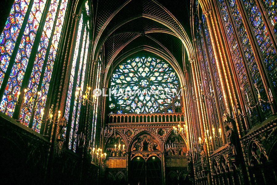 Igreja de Saint Chapelle em Paris, França. 1990. Foto de Monica Vendramini.