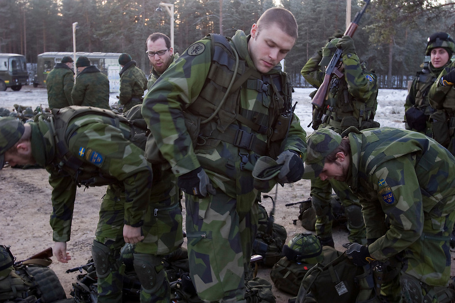 Kamenka, Karelia, Russia, 14/12/2007..Swedish soldiers and their kit during Snezhinka [Snowflake] 2007, a joint live fire training exercise for Russian and Swedish motorised infantry in which they play the roles of a combined peace-keeping force enforcing a demilitarised zone in a warring region.