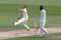 Jamie Porter of Essex in bowling action during Essex CCC vs Yorkshire CCC, Specsavers County Championship Division 1 Cricket at The Cloudfm County Ground on 8th July 2019