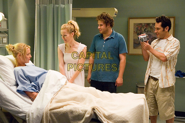 KATHERINE HEIGL, LESLIE MANN, SETH ROGEN & PAUL RUDD.in Knocked Up .**Editorial Use Only**.CAP/FB.Supplied by Capital Pictures