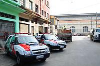 SAO PAULO, SP, 05 Janeiro 2012.Cracolandia Lipeza da casa  (FOTO: ADRIANO LIMA - NEWS FREE)