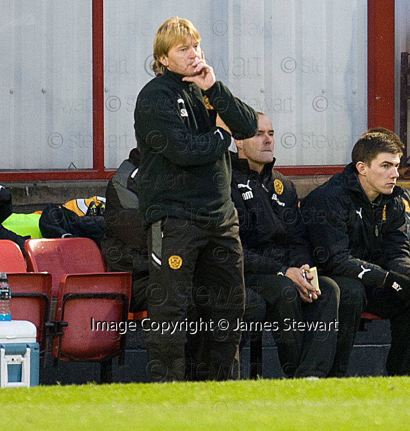MOTHERWELL MANAGER STUART MCCALL ..14/01/2012 sct_jsp016_motherwell_v_ict     .Copyright  Pic : James Stewart.James Stewart Photography 19 Carronlea Drive, Falkirk. FK2 8DN      Vat Reg No. 607 6932 25.Telephone      : +44 (0)1324 570291 .Mobile              : +44 (0)7721 416997.E-mail  :  jim@jspa.co.uk.If you require further information then contact Jim Stewart on any of the numbers above.........