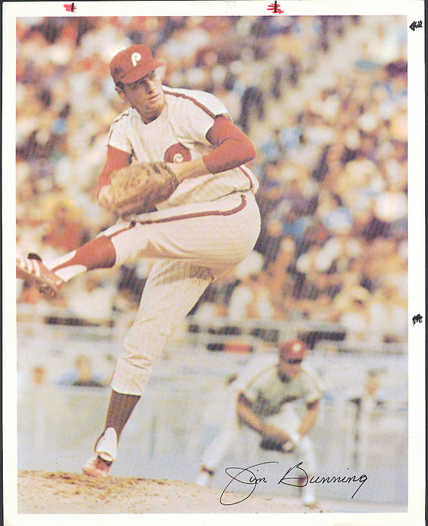 Jim Bunning baseball great, pitching for the Phillies in 1969.