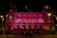 RIO DE JANEIRO, RJ, 01.10.2014, OS MONUMENTOS DO RIO FICAM ROSA EM CELEBRAÇÃO AO OUTUBRO ROSA, OUTUBRO ROSA NO RIO, Assembléia Legillativa do Rio de Janeiro fica com iluminação Rosa em celebração ao Outubro Rosa  ,  no Rio de Janeiro,  nesta quarta-feira, 01 (foto: Márcio Cassol/Brazil Photo Press)