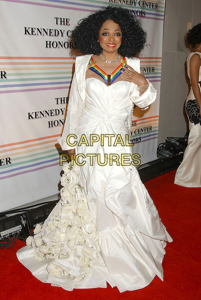 DIANA ROSS.30th Kennedy Center Honors Recipients honored for lifetime achievement in the performing arts held at the Kennedy Center for the Performing Arts, Washington, D.C. .USA, 02 December 2007..full length long white dress roses flowers.CAP/ADM/LF.©Laura Farr/AdMedia/Capital Pictures.