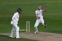 Jamie Porter in bowling action for Essex during Nottinghamshire CCC vs Essex CCC, Specsavers County Championship Division 1 Cricket at Trent Bridge on 12th September 2018