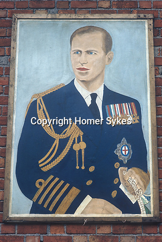 1970s belfast wall painting duke of edinburgh homer sykes for Telephone mural 1970