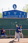 (L-R) Greg Maddux, Kenta Maeda (Dodgers),<br /> FEBRUARY 29, 2016 - MLB :<br /> Los Angeles Dodgers special advisor Greg Maddux watches pitcher Kenta Maeda in the bullpen during the Los Angeles Dodgers spring training baseball camp in Glendale, Arizona, United States. (Photo by Thomas Anderson/AFLO) (JAPANESE NEWSPAPER OUT)
