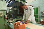 Thônex, le 21 mai 2013,Carole Hurschler, directrice de Caran D Ache, fabricant de couleurs et de crayons, ainsi que de stylo haut de gamme, ici le contrôle des crayons<br /> © sedrik nemeth