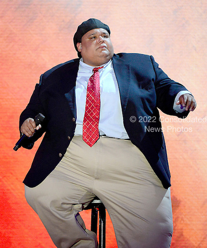 "Neal Boyd sings ""God Bless America"" at the 2012 Republican National Convention in Tampa Bay, Florida on Tuesday, August 28, 2012.  .Credit: Ron Sachs / CNP.(RESTRICTION: NO New York or New Jersey Newspapers or newspapers within a 75 mile radius of New York City)"