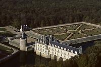 Europe/France/Centre/Indre-et-Loire/Vallée de la Loire/Chenonceau : Le Château de Chenonceau - Vue aérienne